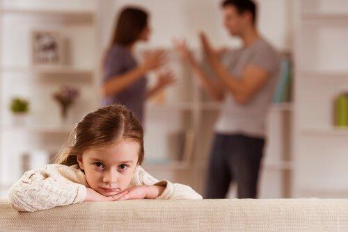 Çocuk Yetiştirirken Bu 3 Hatadan Uzak Durun
