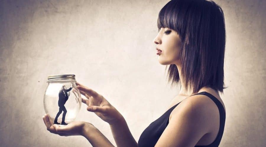 Narsist İnsanları Tanımak İçin 9 İşaret