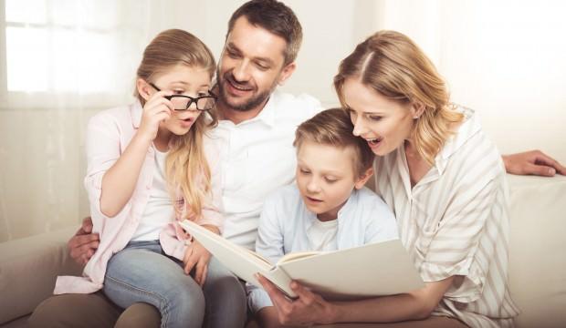 """""""İş ve ev hayatını dengelemek, kendinize iyi bakmak"""" daha mutlu bir ailenin olmanın ipuçları arasında..."""