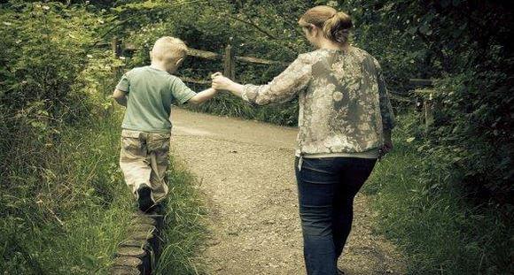 Anne Babaların Çocuklarına Yaptığı 5 Hata