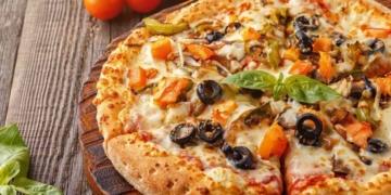 anne usulu muhtesem pizza nasil yapilir en kolay anne usulu pizza tarifi gpamacez.jpg