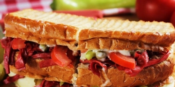 ayvalik tostu nasil yapilir oldukca tok tutan bir lezzet xafc1ael.jpg