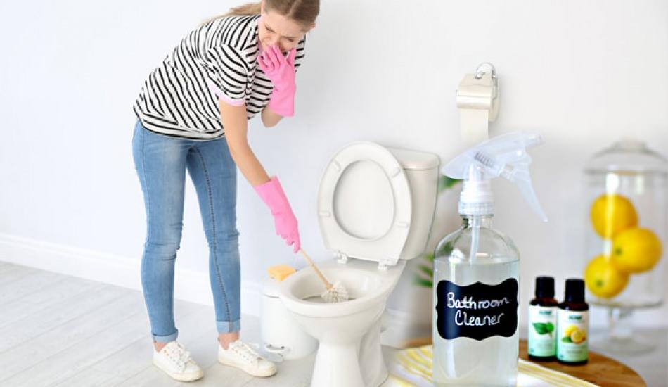 evde tuvalet spreyi nasil yapilir dogal tuvalet temizleyici yapmanin puf noktalari 9w8nzvfr.jpg