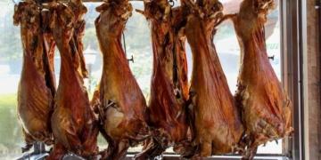 taskopru kuyu kebabi nedir ve neyden yapilir taskopru kuyu kebabi tarifi pugwqudz.jpg
